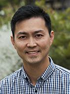 Dr Johnny Lo