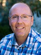 Dr Robert Davis