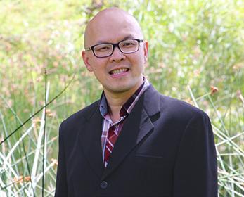 Associate Professor Ferry Jie