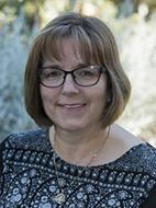 Dr Mandy Towell-Barnard