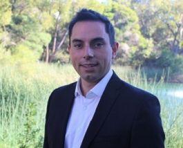 Associate Professor Ben Farr-Wharton
