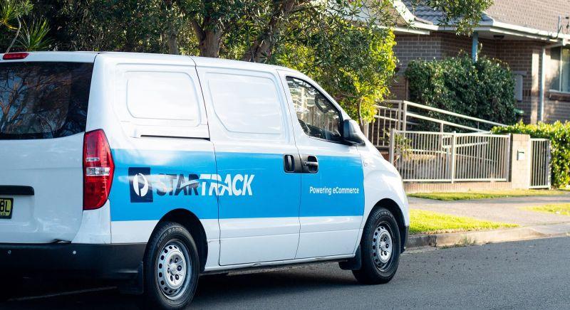 Image of Startrack van.