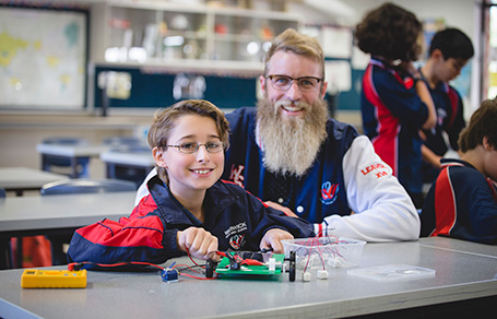 WA Beginning teacher of the year 2018, Benjamin Garnaut, with one of his students at Warwick Senior High School.