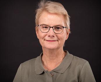 Associate Professor Lennie Barblett AM